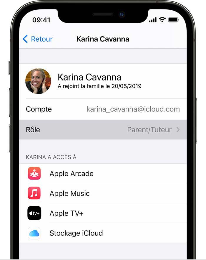 iPhone affichant l'élément Rôle du menu