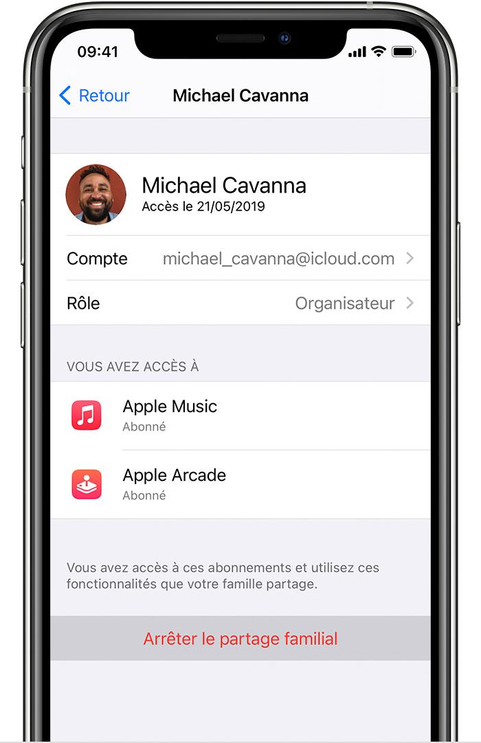iPhone affichant l'option Arrêter d'utiliser le partage familial