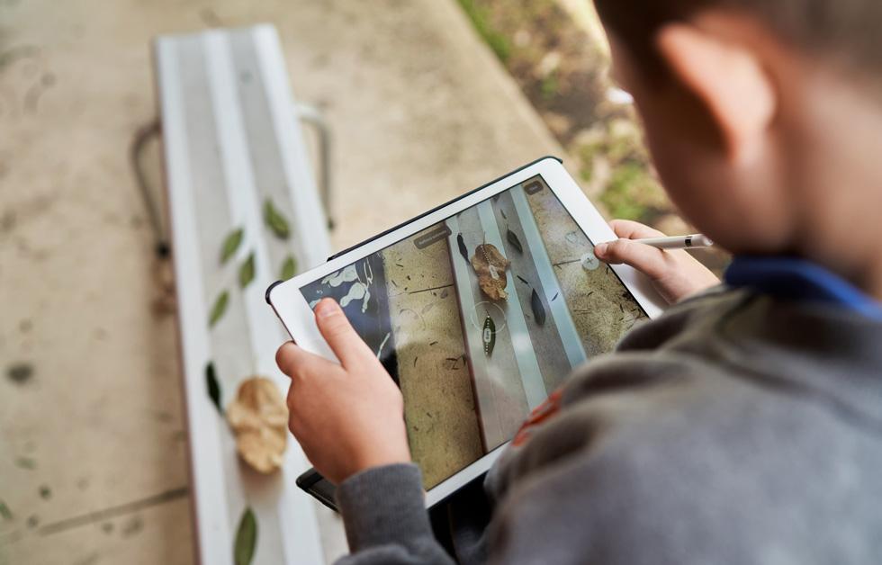 Brock Blackley uses Apple Pencil and iPad.