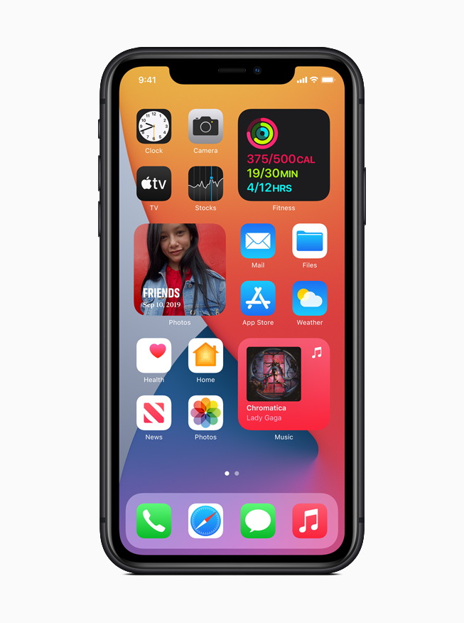 The redesigned Home Screen on iPhone 11 Pro.