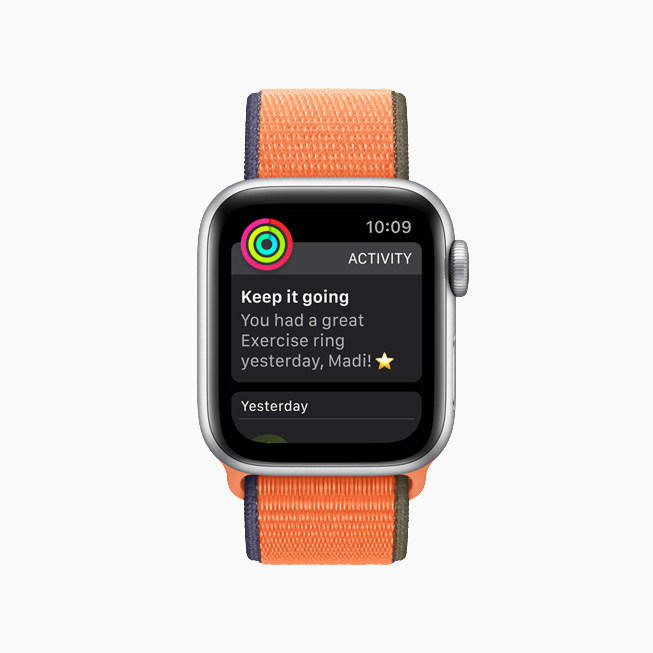 Activity rings alert on Apple Watch.
